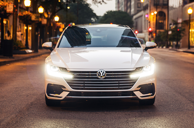 Arteon in Pure White.